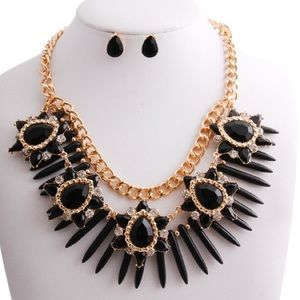 Beads & Flowers Necklace Set
